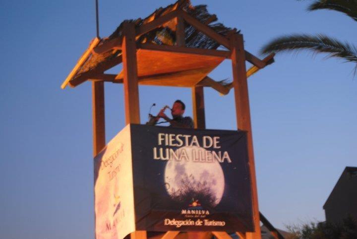fiesta de la luna llena en Manilva