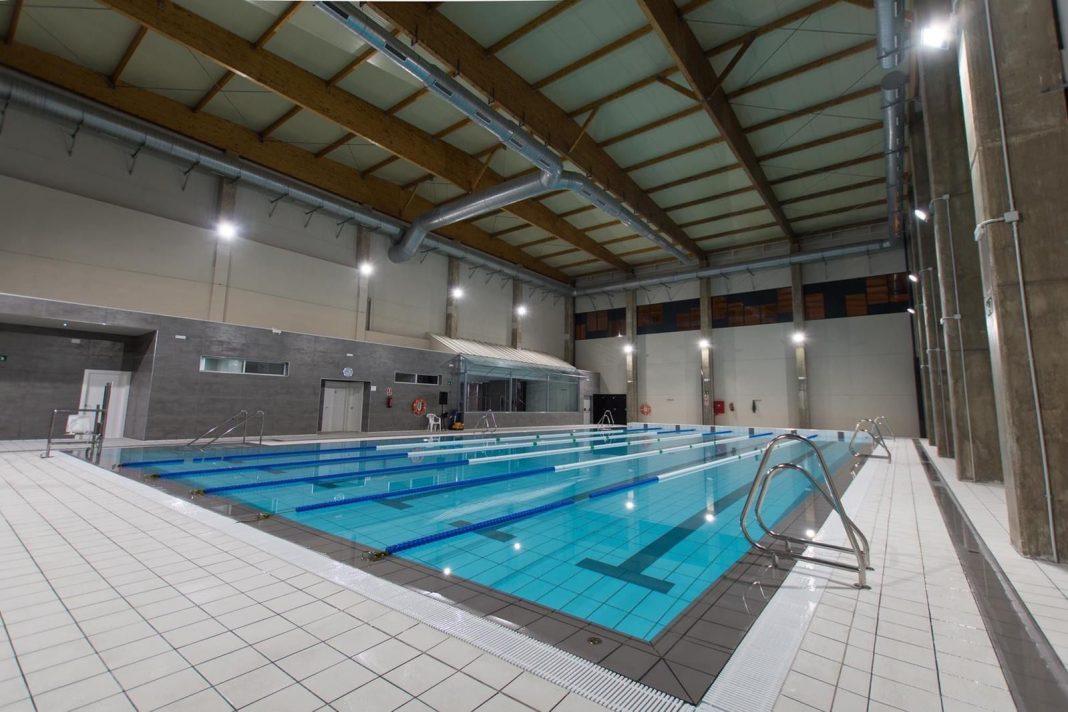 piscina Sabinillas